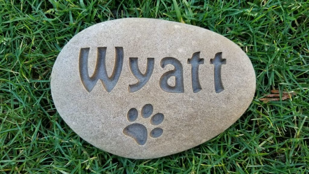 engraved stone pet memorial